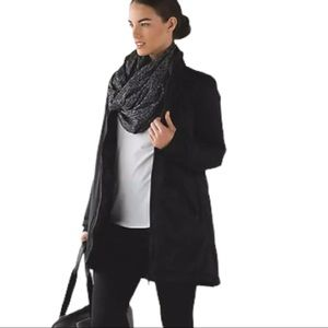 Lululemon Vinyasa infinity scarf with arm holes